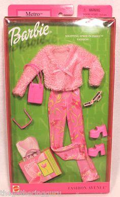 New Fashion Avenue Barbie Shopping Spree in Paree Fashion Doll Clothes 2002 | eBay