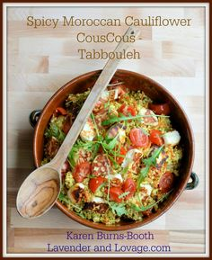 Diet Spiced Moroccan Cauliflower Couscous -Tabbouleh with Halloumi calories) It's been a while since I shared a new diet recipe, but I hope I've made up for my tardiness with the recipe. Low Calorie Recipes, Diet Recipes, Cooking Recipes, Healthy Recipes, Recipies, Savoury Recipes, Healthy Meals, Healthy Food, Cauliflower Couscous