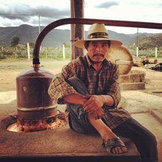 José Ejemplo de Pasión y Amor en la elaboración Artesanal de Mezcal Oro de Oaxaca