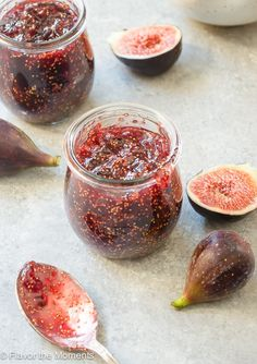 Small-Batch Fig Honey Jam is an easy, homemade fig jam recipe with no refined sugar, pectin or canning requirements! Pavlova Meringue, Homemade Fig Jam, Jar Of Jam, Jam And Jelly, Fig Jelly, Jelly Recipes, Strawberry Jam, Strawberry Fig Preserves, Fig Preserves Recipe