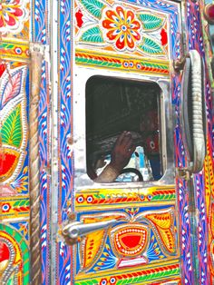 India  Truck design. Kali Puja, India Street, India Design, Truck Art, India Colors, India Art, Truck Design, Painted Floors, Gods And Goddesses