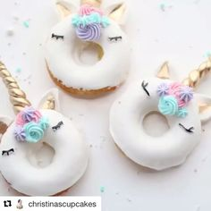 #Repost @christinascupcakes with @repostapp ・・・ Unicorn donuts video short {inspo by @vickiee_yo} || vanilla baked donuts with royal icing