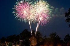 July 4th in Colonial Williamsburg and dinner at the Raleigh Tavern definitely going on the list.