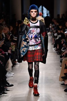 Expensive Women S Fashion Brands College Fashion, Fashion 2020, Runway Fashion, Fashion Brands, High Fashion, Womens Fashion, Fashion Stores, Gothic Fashion, Punk Outfits