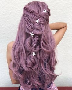31 Graceful Long Braided Hairstyles To Try in 2019 Romantic and most beautiful ideas of long braided and wedding hairstyles for long hair to flaunt in You may use to wear these awesome hairstyles on wedding day for more awesome look. Pink Blonde Hair, Hair Color Purple, Cool Hair Color, Ombre Hair, Long Purple Hair, Hair Goals Color, Violet Hair, Hair Colours, Pastel Hair Colour