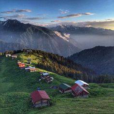 Pokut Plateau, Çamlıhemşin, Rize ⛵ Eastern Blacksea Region of Turkey ⚓ Östliche Schwarzmeerregion der Türkei Travel Route, Places To Travel, Places To See, Travel City, Nature Is Speaking, Amazing Destinations, Travel Destinations, Visit Turkey, Travel Reviews