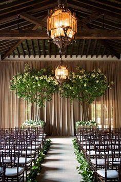 #lovethis #rusticwedding #neutrals