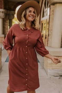 Heron Button Dress - - Source by Plus Size Fall Outfit, Plus Size Fall Fashion, Curvy Fashion, Modest Fashion, Autumn Fashion, Plus Size Fashion Dresses, Apostolic Fashion, Petite Fashion, Style Fashion