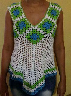 Fabulous Crochet a Little Black Crochet Dress Ideas. Georgeous Crochet a Little Black Crochet Dress Ideas. Blouse Au Crochet, Débardeurs Au Crochet, Crochet Tank Tops, Crochet Summer Tops, Crochet Jacket, Crochet Woman, Crochet Blouse, Crochet Poncho, Crochet Stitches
