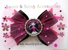 Monster High Draculaura Bottle Cap Hair Bow by mazzy522 on Etsy. $4.99, via Etsy.