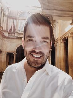 Jonathan Scott, one half of Property Brothers, had found his soulmate in Jacinta Kuznetsov. Read here to find out where their fairytale romance went wrong? Property Brothers, Jacinta Kuznetsov, Jonathan Silver Scott, Great Scott, Scott Brothers, Douglas Booth, Rowan Blanchard, Lucky Ladies, Enrique Iglesias