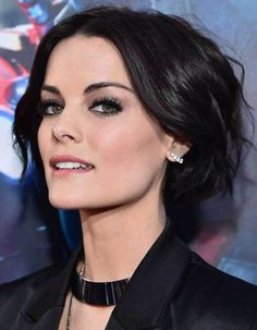 Get Jaimie Alexander's Grey Eyeshadow And Rosy Lips Seen At The ...