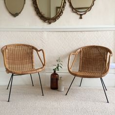 A A Pair of Midcentury Wicker Chairs - Paire de Fauteuils Rotin Osier Pieds Metal - free delivery to UK and France