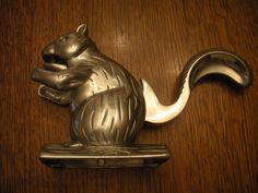 Nut & Shell Crackers Home & Garden Hearty Rare Vintage Cast Aluminum Dog With Squirrel Nutcracker Antique Nut Cracker High Quality And Low Overhead