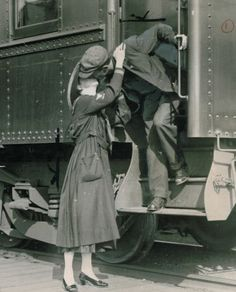 This photo was published Oct. 5, 1917, in the P-I showing a soldier saying goodbye to his wife in Seattle. Photo: Seattlepi.com File / SL