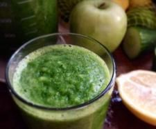 Recipe Keep the Winter Blues at Bay Green Smoothie by C45513M - Recipe of category Drinks