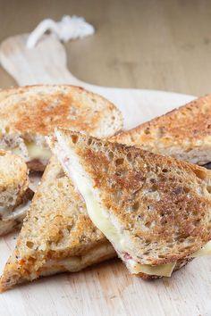 3 soorten luxe kaas tosti's