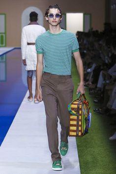 Fendi Menswear Spring Summer 2017 Milan Mode Des Défilés, Défilé De Mode,  Fendi, e45994586c1