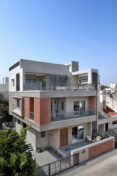 Our approach was purely driven by a very strong perfect Integrated House with contemporary Indo-ethnic charm. Modern Exterior House Designs, Best Modern House Design, Modern House Facades, Modern Bungalow House, Dream House Exterior, Modern House Plans, Indian House Exterior Design, Modern Bungalow Exterior, Modern Japanese Architecture