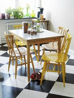 21 Black and White Floors You'll Love Gele stoelen Kitchen Chairs, Kitchen Dining, Floors Kitchen, Room Chairs, Dining Chairs, White Cowhide Rug, Checkered Floors, Checkered Floor Kitchen, Sweet Home