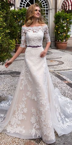 Free Shipping! Marvelous Tulle Off-the-shoulder Neckline A-line Wedding Dress With Lace Appliques & Detachable Jacket