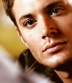 Jensen ackles perfect face
