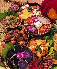 That's a spread!  Tropical food with flare!