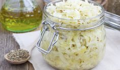 Taking probiotics can help restore the natural balance of bacteria in the gut and may help treat a number of health issues. Some people experience side effects from probiotics, though they are generally safe. Fermented Cabbage, Pickled Cabbage, Fermented Foods, Homemade Sauerkraut, Sauerkraut Recipes, Anti Cholesterol, Caraway Seeds, German Recipes, Diet Tips