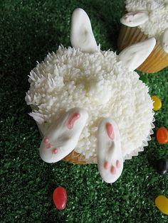 Bunny Bottom cupcakes for a bunny rabbit theme baby shower or Easter party