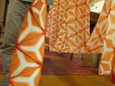 http://www.kosyokunobi.com/English%20Page/itajime-ep/20.jpg Itajime shibori