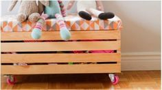Toy box with casters