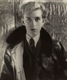 """Stephen James Napier Tennant April 1906 – 28 February was a British socialite known for his decadent lifestyle. He was called """"the brightest"""" of the """"Bright Young People."""" on photo: Portrait of Stephen Tennant by Cecil Beaton, 1928 Robert Mapplethorpe, Robert Doisneau, Edward Steichen, David Lachapelle, Irving Penn, Gordon Parks, Diane Arbus, Lee Miller, Bruce Weber"""