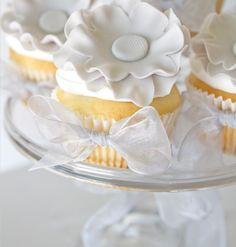 Elegant Light Grey Floral Wedding Cupcakes