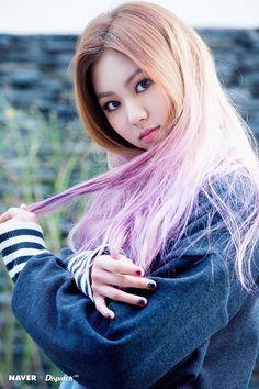 Happy birthday to the lovely Kwon Eun Bean (Eunbin). Lead rapper, vocalist and maknae for CLC (CrystaL Clear). Kpop Girl Groups, Kpop Girls, Clc Hobgoblin, Asian Woman, Asian Girl, Blonde Asian, Pretty Asian, Ulzzang Girl, Korean Girl