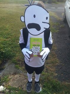 Diary Of A Wimpy Kid costume for Book Week :) … Kids Book Character Costumes, Children's Book Characters, Character Dress Up, Book Character Day, Storybook Characters, Character Ideas, Easy Book Week Costumes, Book Costumes, World Book Day Costumes