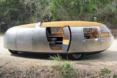 The Dymaxion car designed by Buckminster Fuller. Camper Caravan, Camper Trailers, Airstream, Motorhome, Step Van, Vintage Rv, Cool Campers, Vintage Travel Trailers, Vintage Caravans