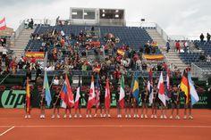 Presentación de equipos de Copa Davis. Banderas de los países participantes.