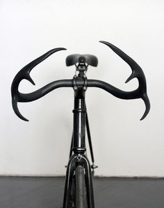 ANTLER BARS  Some very unique and cool looking handle bars made to look like deer antlers. via Concept | Gear