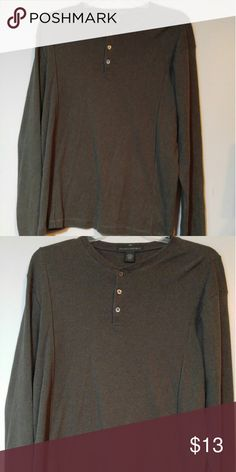 Mens Banana Republic Long Sleeve Shirt sz XL Mens Banana Republic Long Sleeve Shirt as XL-Like New Condition Banana Republic Shirts