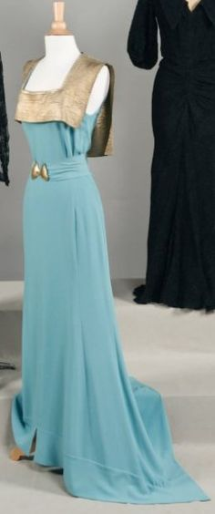Jeanne LANVIN   Haute couture,  circa 1935 -- I have seen this gown in dark purple somewhere too -- maybe V??