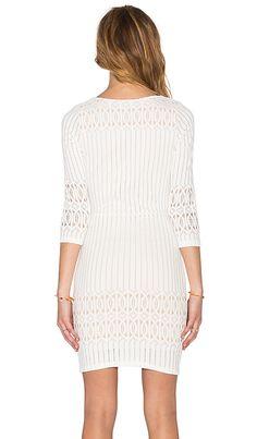 Nightcap Spiral Lace Scoop Dress em Ecru | REVOLVE