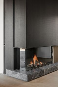 Living Room Decor Fireplace, Fireplace Tv Wall, Modern Fireplace, Living Room Interior, Home Room Design, Home Interior Design, Living Room Designs, House Design, Design Design