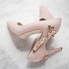 An Accessory Evening at LOVE Bridal Boutique Brides Up North Sponsor, LOVE Bridal Boutique in Altrincham, Cheshire, is hosting an special Accessory Evening event! Fancy Shoes, Pretty Shoes, Beautiful Shoes, Cute Shoes, Me Too Shoes, Sparkly Wedding Shoes, Pink Prom Shoes, Homecoming Shoes, Shoe Boots