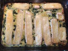 ⭐️⭐️⭐️⭐️ Spinach, brie and salmon! Healthy Meals For Kids, Easy Healthy Recipes, Veggie Recipes, Low Carb Recipes, Vegetarian Recipes, Healthy Eating, Go For It, Snacks Für Party, Happy Foods
