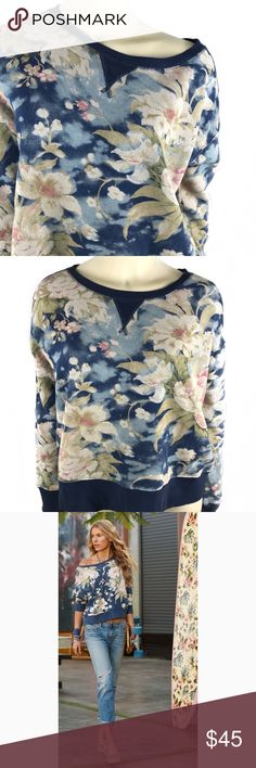 """P o l o R a l p h L a u r e n • S w e a t e r • M Polo Ralph Lauren Drew Floral print sweater Sz M. Measurements (flat) ; 20"""" Length - 23"""" Chest -  20"""" Sleeve                      Product Description:                                                                         Polo Ralph Lauren Drew Floral print sweater Crew-neck 100% Cotton Professional launder recommended.                                               This is slightly cropped and can be worn as a oversized slouchy sweater as…"""