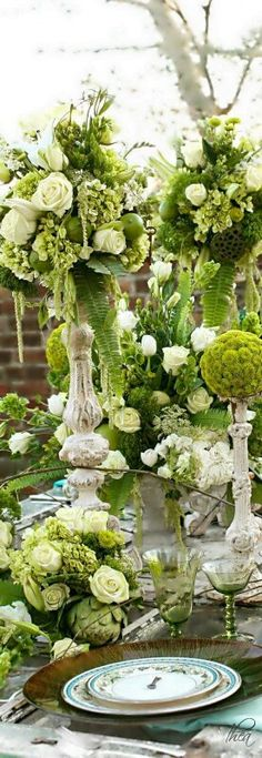 White and Green gorgeous table setting