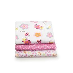 Graco Sweet Ladybug 3-Pack Printed Receiving Blankets ❤ liked on Polyvore featuring home, children's room, children's bedding and baby bedding