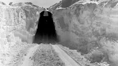 Mysterious, ice-buried Cold War military base may be unearthed by climate change (◐.̃◐)