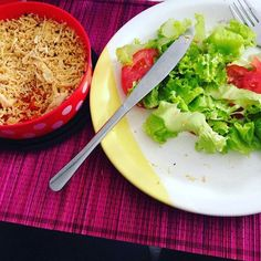 Almoço: frango  purê de cenoura  salada. #emagrecimento #saude #vidasaudavel #comerbem #viverbem #fitness #eacolhas #RA #foconadieta #dieta #reeducao #aprenderacomer #receita #fit #fitness #eueliminandopeso #antesedepois #magra #verao #proteina #foco #meta #objetivo #menos5kg #determinacao #determination #focus #fit by projectmenos10kg http://ift.tt/27DVKZS