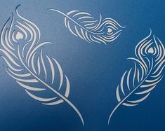 Peacock Feathers x 3 Stencil by kraftkutz on Etsy Stencil Templates, Stencil Patterns, Stencil Designs, Lion Stencil, Rooster Stencil, Large Feathers, Peacock Feathers, Stencil Material, Fabric Painting